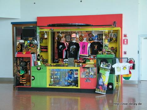 Flughafen Kingston - Bob Marley Souvenirs