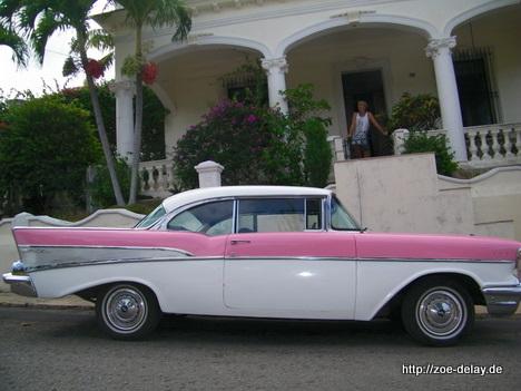 chevrolet classic car auf kuba