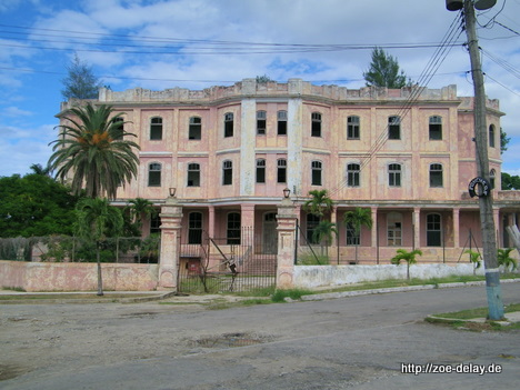 ruine-villa-bei-havanna