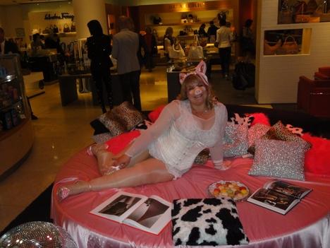 galeries lafayette peep shopping nacht