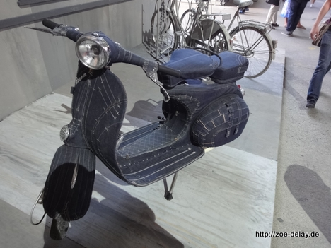 denim vespa