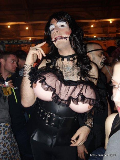 halloweenn masquerade 2014
